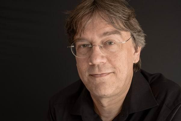 "Freitag, 19. Oktober: Autoren-Lesung Dirk Husemann: ""Die Bücherjäger"""